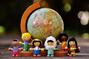 В билингвальном детском саду показывают мультики и читают сказки